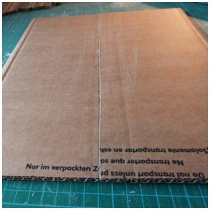 assembler deux plaques de carton
