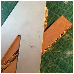 Angle de la 2ième bande de carton